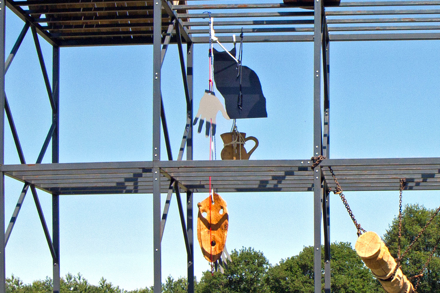 HubHug Sculpture Project – Le Rack
